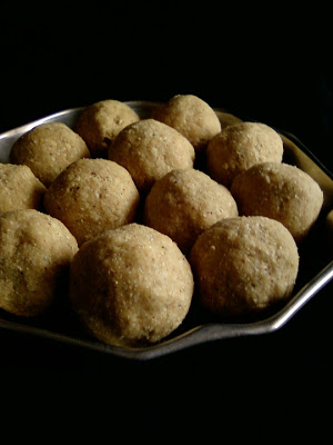 Oats Peanut Laddoo