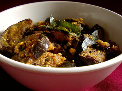 Vankaya Pappula Vepudu ~ Eggplant with Spiced Dalia Powder