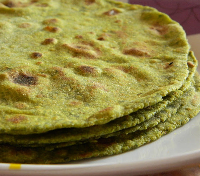 Palak Paratha ~ Indian Spinach Flat Bread Recipe