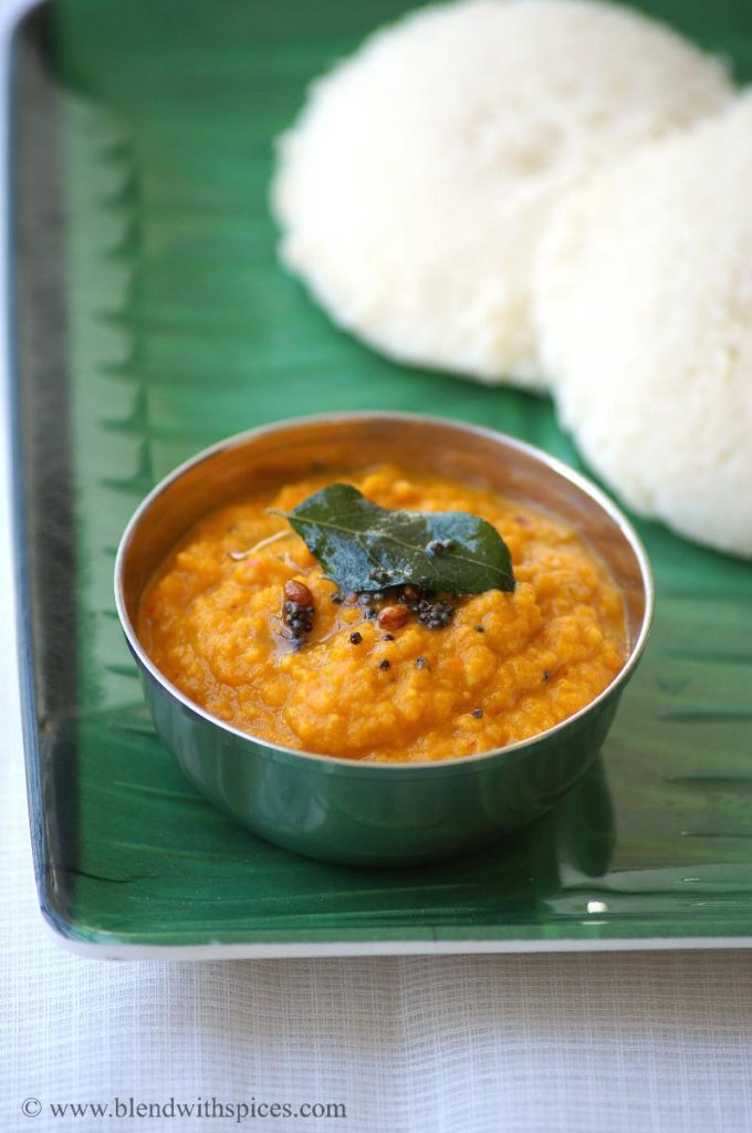carrot onion chutney, how to make carrot chutney, chutney recipes for tiffins, recipe for carrot chutney