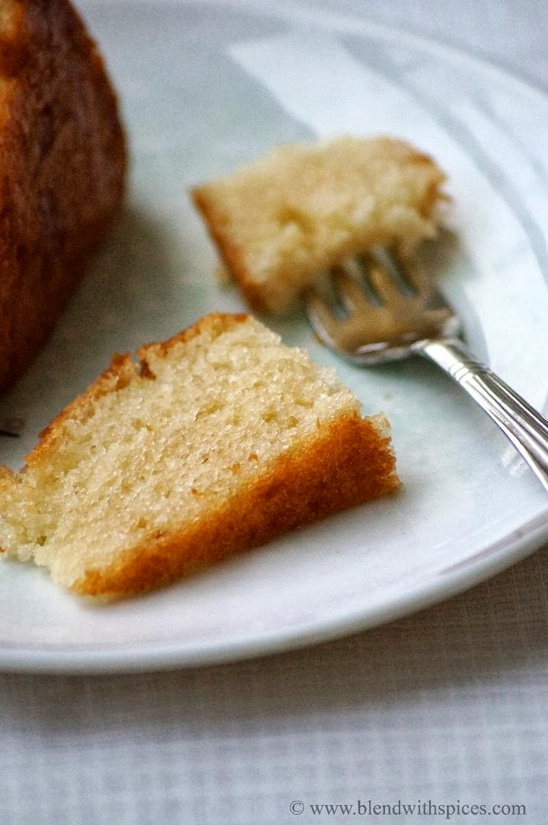 Eggless Vanilla Cake Recipe With Images : Eggless Vanilla Sponge Cake Recipe - Eggless Basic Vanilla ...